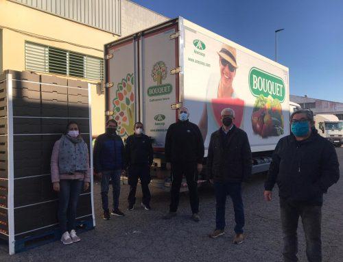 Anecoop dona en diciembre 21.000 kilos de fruta a distintas instituciones solidarias